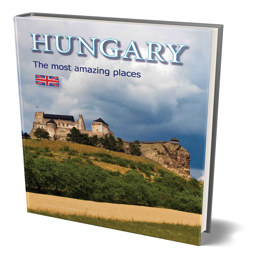 Hungary Most Amazing Places Book